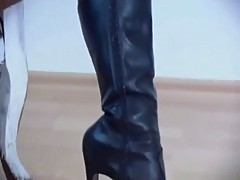 Latex and boots www.porn-21sextury.com