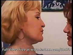 Indecorous Milf Sista With A Lewd Poon Does Some Lesbian Finger Fucking