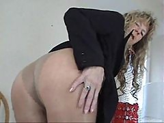 Lusty mature pantyhose tease before fucking