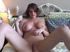 Big tits MILF shaves her sexy pussy