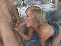 Blonde milf with mouth watering ass riding thick shaft