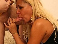 Curvy blonde MILF has some end-to-end fucking