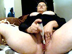 BBW first time masturbating for camera