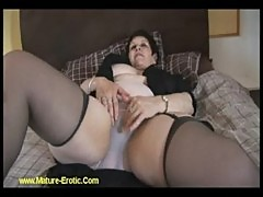 Bbw mature hairy lady strips