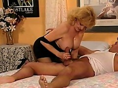 Blonde MILF took advantage of slumbering dude