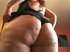 Chubby or not this MILF can fuck