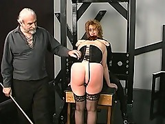 Mature vixen gets hit on her butt