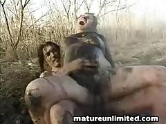 Moms Dirty Fuck Outdoor