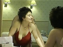 Short haired brunette milf gets into a amazing sex in hotel ...