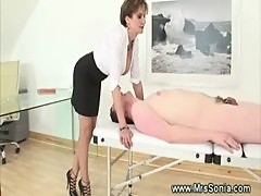 British dominatrix queening servant