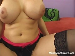 Huge Boobs Sheila Show Her Nice Tits And Ass