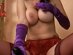 MILF in Corset Loves Fucking Machines